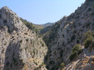 Jaskinia i wąwóz Kakoperato